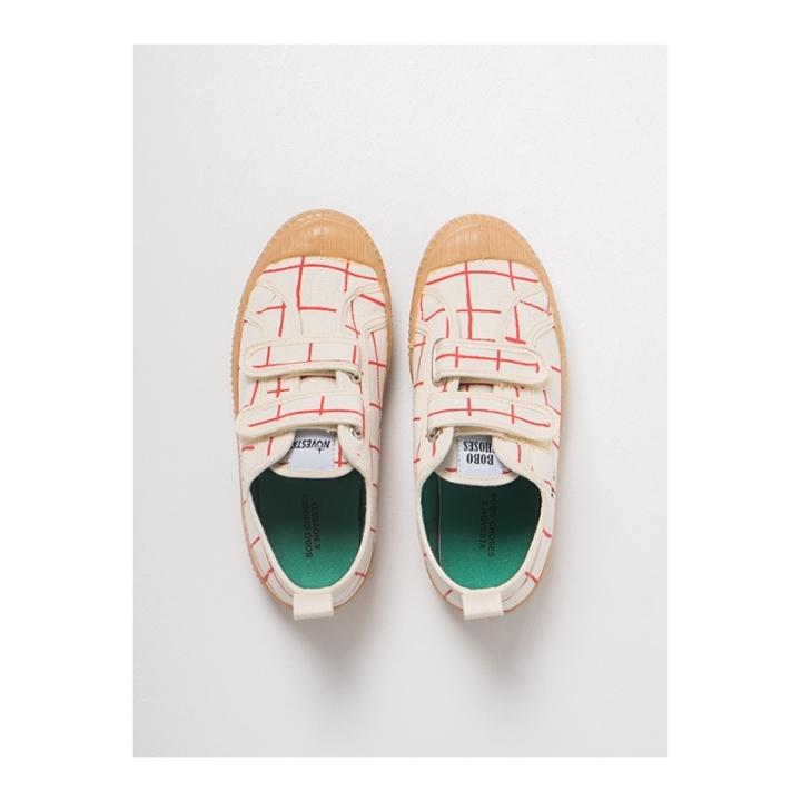 net-novesta-sneakers
